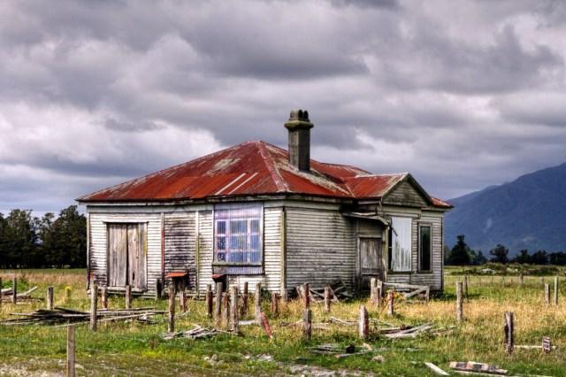 empty-farmhouse